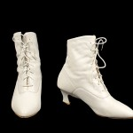Vintage 80's Cream Leather Lace-Up Boots